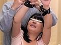 ブリッジで絶頂&大量失禁!巨乳家政婦を拘束して何度も寸止めイカセでブリッジ大量失禁するほど感じさせデカチン挿入で発狂させろ!!!のサンプル画像