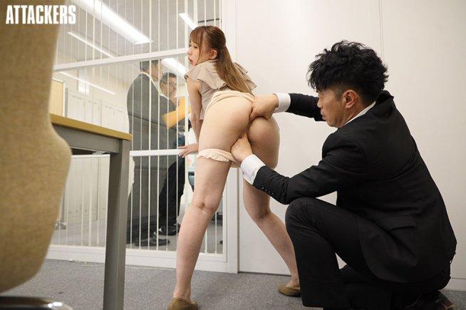 社長令嬢のアナルを社内で犯す! 桜香美羽