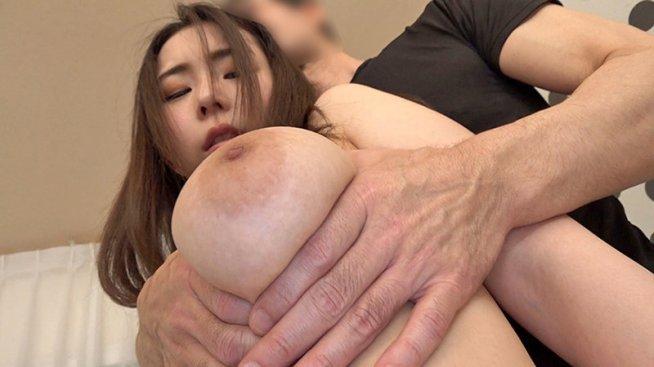 肛門まで愛して。 友里さん(34) アナルファック/2穴ファック3P/爆乳/小柄/ケツ穴アクメ/連続アクメ/素人/人妻
