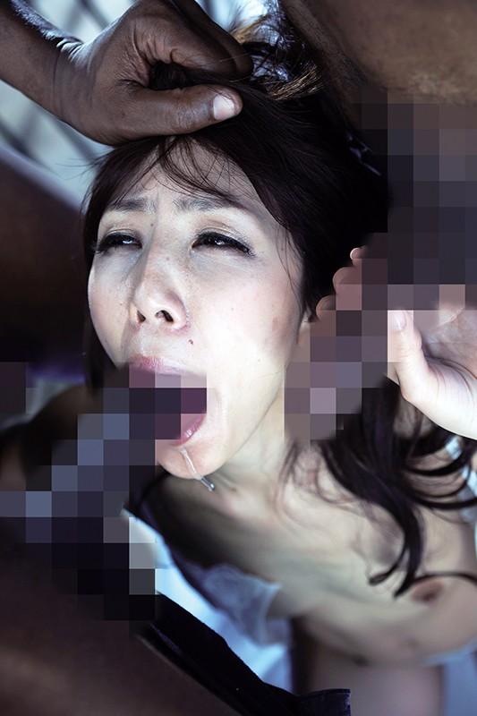 日本人マ●コに突き刺さる黒い巨根!! 黒人に犯●れた熟女たち 10名収録 240分14