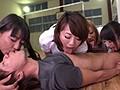 デカ尻爆乳のセックスレス妻が集まるママさんバレー!見学にやってきた新入部員の旦那を練習の合間に隠れて誘惑!自ら腰を振り勝手にイキまくる! 2のサンプル画像