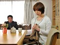 嫉妬深い巨乳妻 浮気な夫を振り向かせたくて… 水城奈緒のサンプル画像1