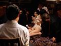 縛られた人妻 ~恥辱の緊縛品評会~ 愛田奈々のサンプル画像