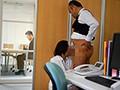 人妻秘書、汗と接吻に満ちた社長室中出し性交 『大人の戯れ』を知り尽くした《専属》加藤ツバキ×《監督》ながえの最高傑作!!のサンプル画像5
