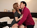 ようやく見つけた職場なのに…変態店長のセクハラで性感開発されたパート妻 椎名そらのサンプル画像