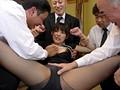 夫の親族一同に輪姦された美人妻 飯岡かなこのサンプル画像7