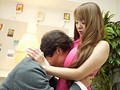 無防備な乳房の誘惑 ~派遣社員はJカップ~ Hitomiのサンプル画像