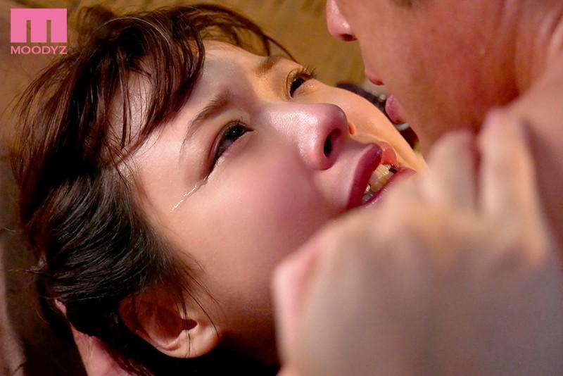 八木奈々 早漏文学美少女初めての見つめ合い追撃絶頂 絶頂直後の敏感オマ●コに突貫ピストン止めない!サンプルイメージ10枚目