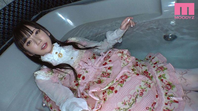 七沢みあ 小悪魔シスコン妹ロリィタちゃんに二人きりで誘惑密着されてじっくりねっちょり着衣のまま犯●れる!サンプルイメージ10枚目