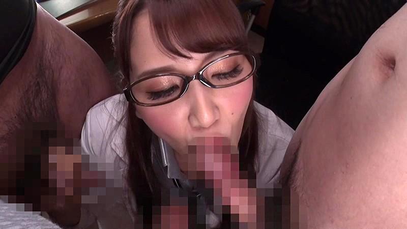 友田彩也香 舌をネットリ絡ませて 喉奥深くまで吸い込ませていただきます!究極のチンシャブ&ごっくんで射精の極みを味わえるクリニックサンプルイメージ13枚目