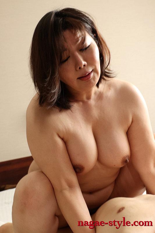 熟母BEST vol.3 ~母親たちの禁断の性行為~