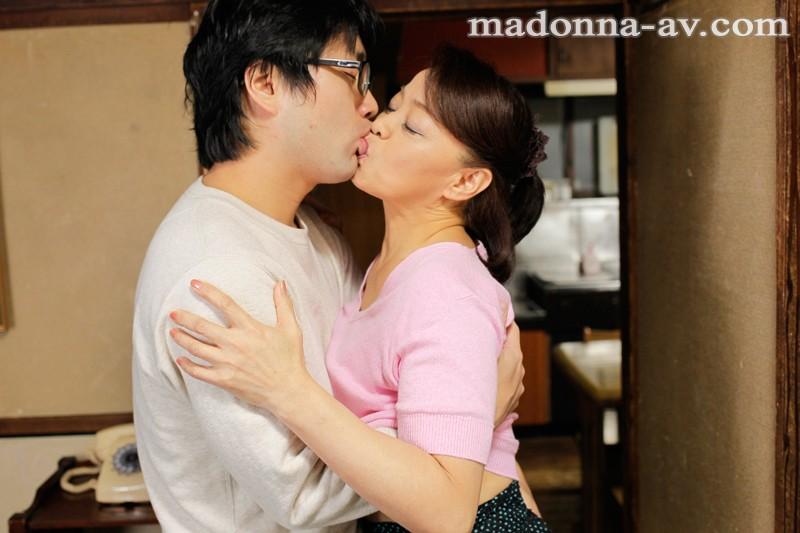 婚活を始めた五十路母 岩下菜津子-2
