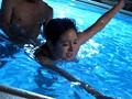 スイミングインストラクター 濡れた水着と性感帯 二宮ナナのサンプル画像