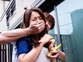 堕ちゆく人妻 夏目彩春のサンプル画像2