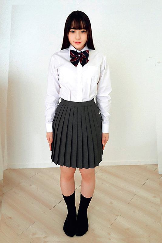 素人ヘアヌード大図鑑~十代の無毛な制服美少女編 のサンプル画像 9枚目