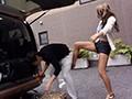 生意気でド助平な黒ギャル愚妹に、変態露出を見せつけられ不覚にもフル勃起!野外で何度も射精させられ童貞を奪われた…!! 藤本紫媛のサンプル画像1