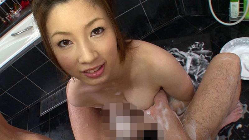 奥田咲が魅惑の泡ご奉仕でイカせてくれるSEXを見逃すな!
