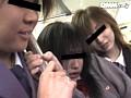 痴女GALサークル ~女30人淫行通学バス~のサンプル画像