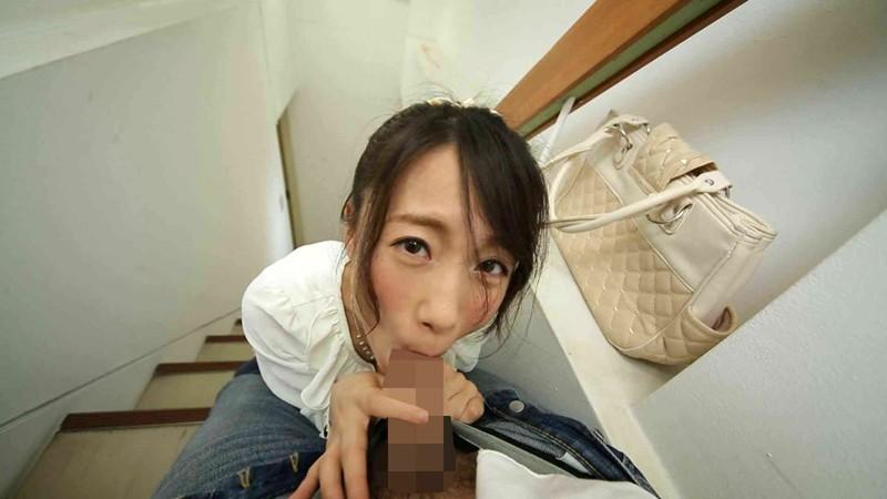 ビルの階段でフェラチオする彼女 長瀬麻美