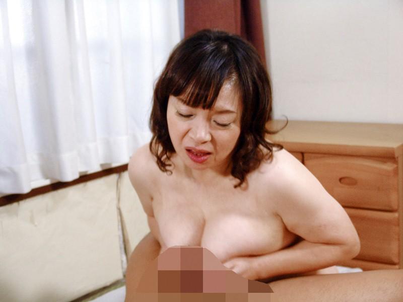 熟れ過ぎた年増熟女の豊潤な肢体4