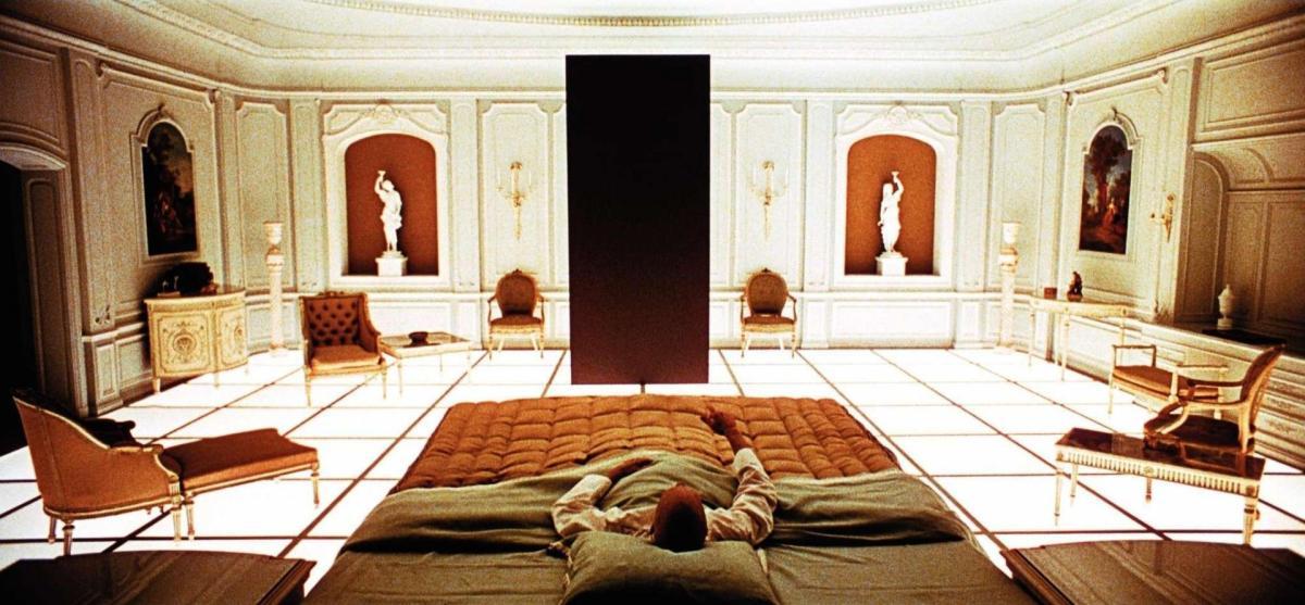 En el 2018, se revela que Kubrick fue entrevistado en un medio de comunicación japonés, en 1980, donde se le cuestiona sobre esta escena.