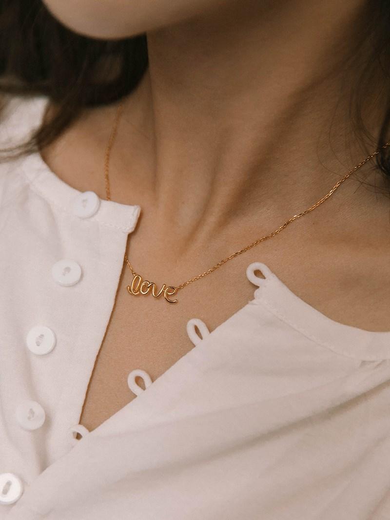 LOVE草寫項鍊 | Mercci Boutique NO.22