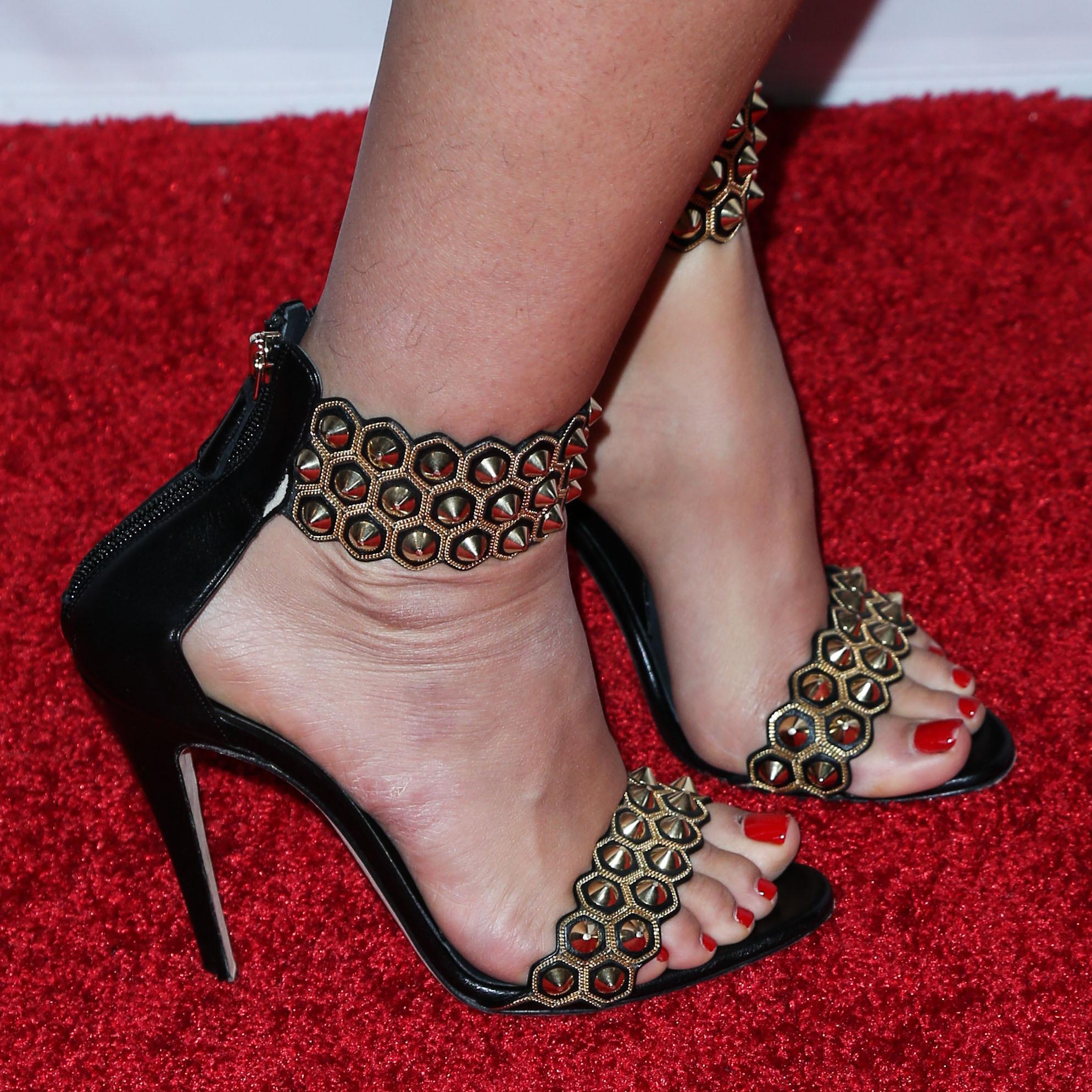 Tammin Sursoks Feet