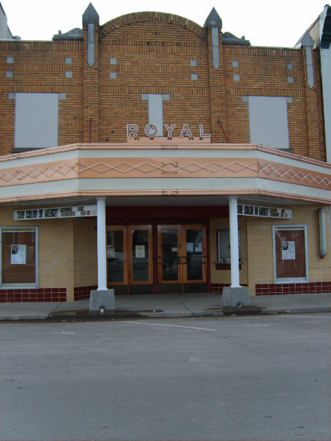 Versailles MO Royal Theatre A Community Theatre In