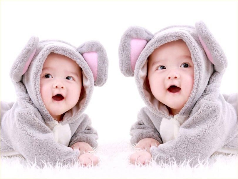 Asian Twin Baby Wearing Bunny Dress Hd Baby Wallpaper