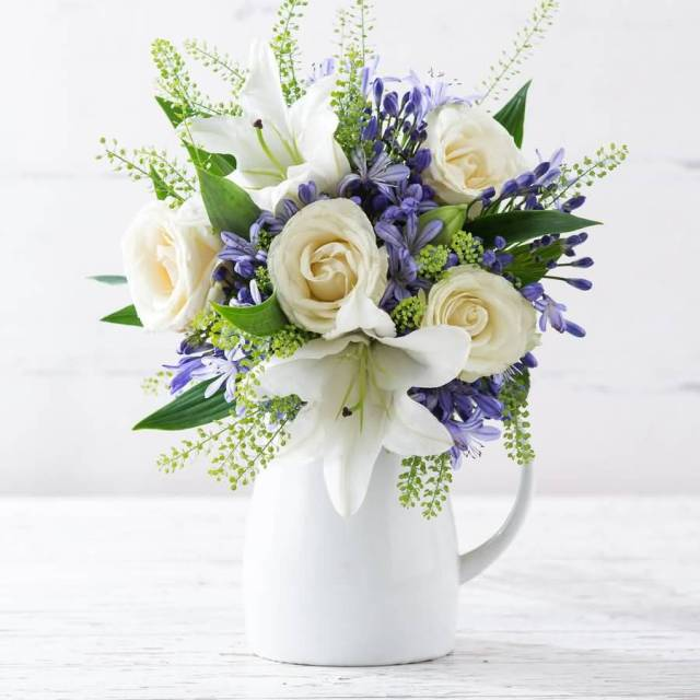 Awesome Bluebell Flower Bouquet In White Vase For Decoration