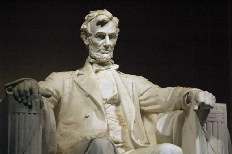 Incredible Statue Of Abraham Lincoln Inside Of The Lincoln Memorial Photo