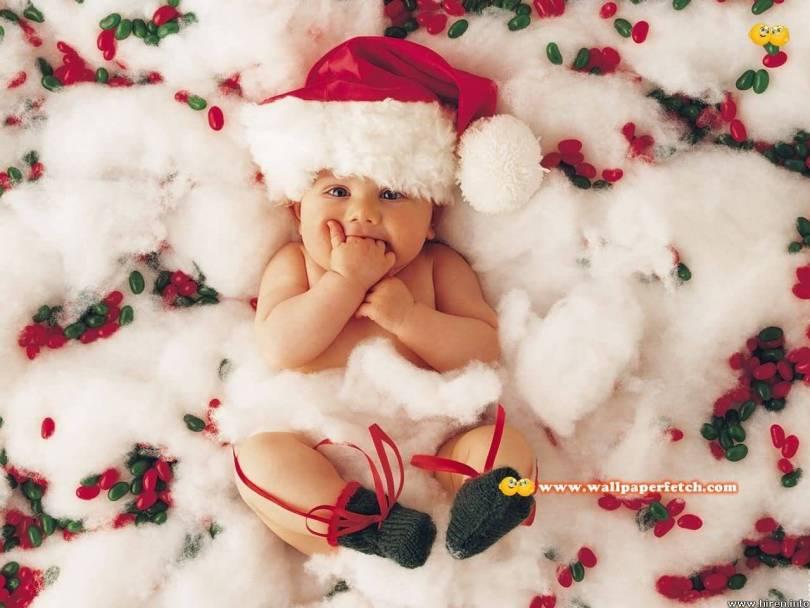 Santa Claus Cute Baby Wallpaper