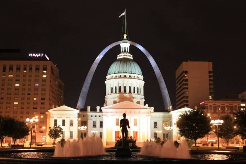 Horrible And Beautiful Courthouse And The Gateway Arch At Night Photo