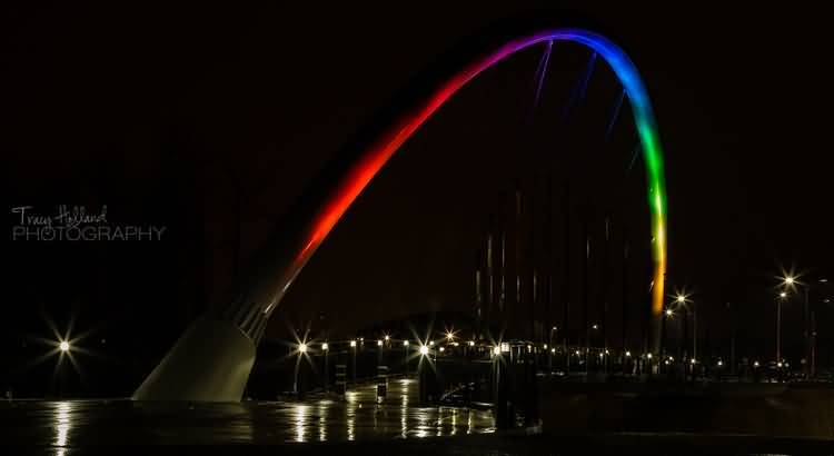 Mind Blowing Rainbow Lights On The Gateway Arch And Star Light At Night Wallpaper