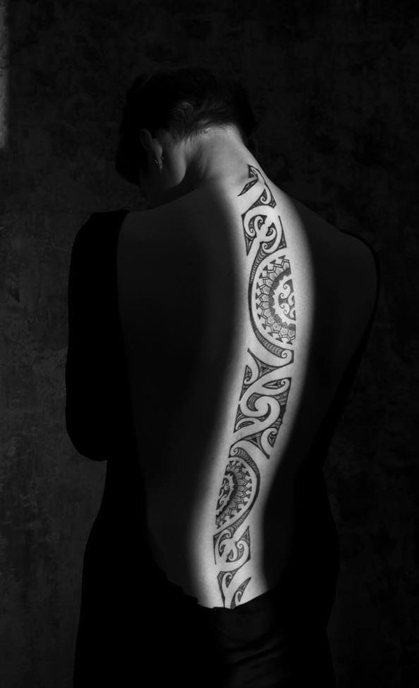 Weird Tribe Spine Tattoo With Black Ink For Woman Man