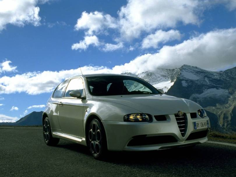 Awesome silver Alfa Romeo 145 GTA Car