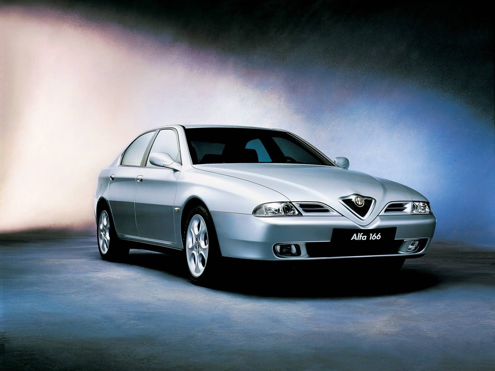 Awesome silver Alfa Romeo 156 GTA Car