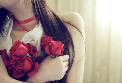 Beautiful Girl Wishes Her Boyfriend Happy Rose Day