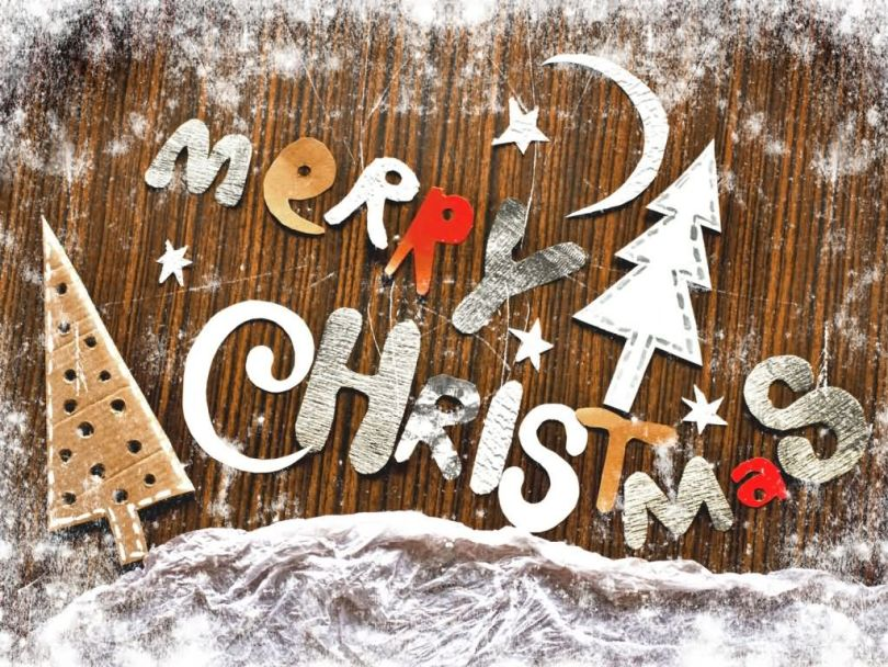 Beautiful Merry Christmas Wishes Image With Snow