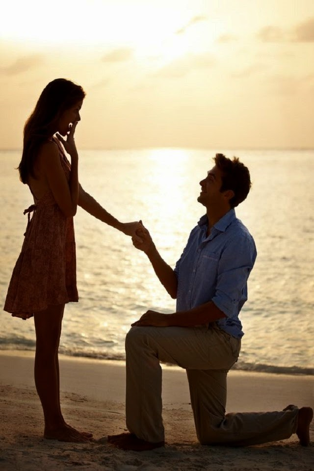 Beautiful Propose On Beach By Boy Happy Propose Day Image For Facebook