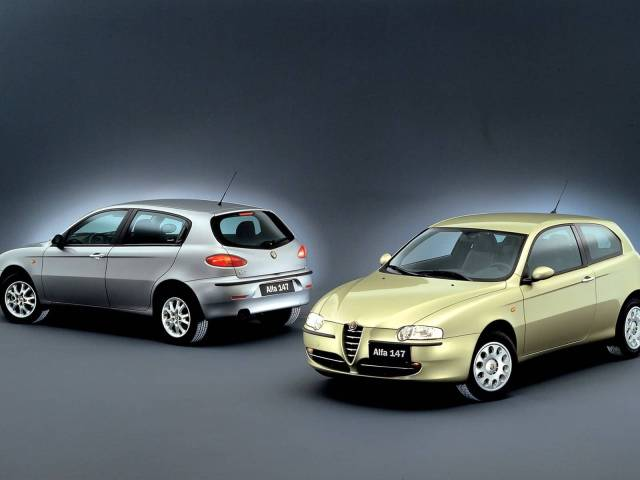 Beautiful two Alfa Romeo 147 Car