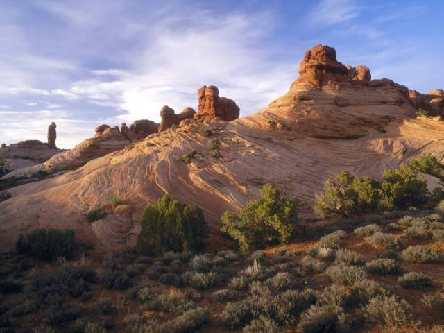 Cutest Sandstone Formations at Sunset Arches National Park Utah 4K Wallpaper