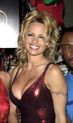 Famous Black Color Ink Pamela Anderson Armband Tattoo Design On Arm For Girls