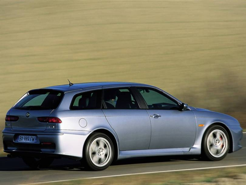 Fast Alfa Romeo 156 GTA Car on the road
