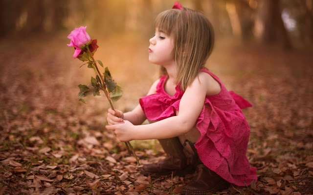 Happy Rose Day Cute Girl Wallpaper