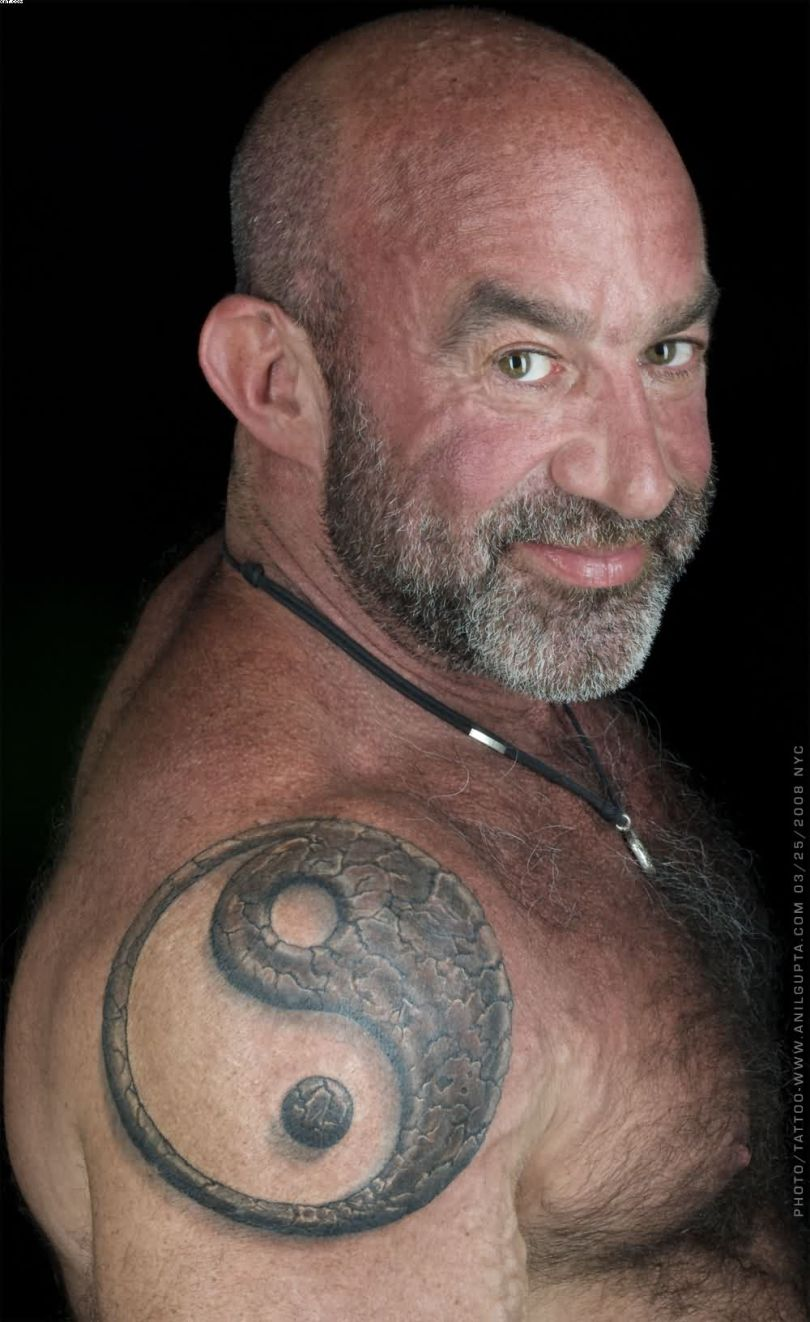 Most Amazing Yin Yang Tattoo On Shoulder For Men