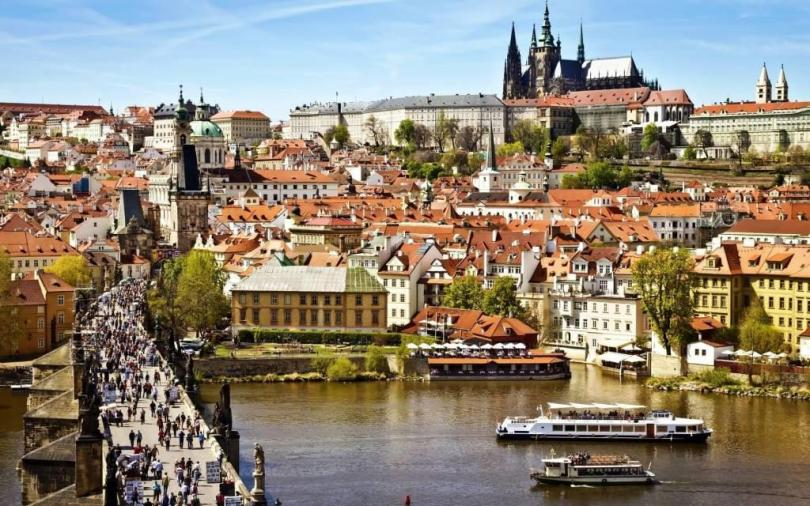 Most Wonderful Prague Full HD Wallpaper