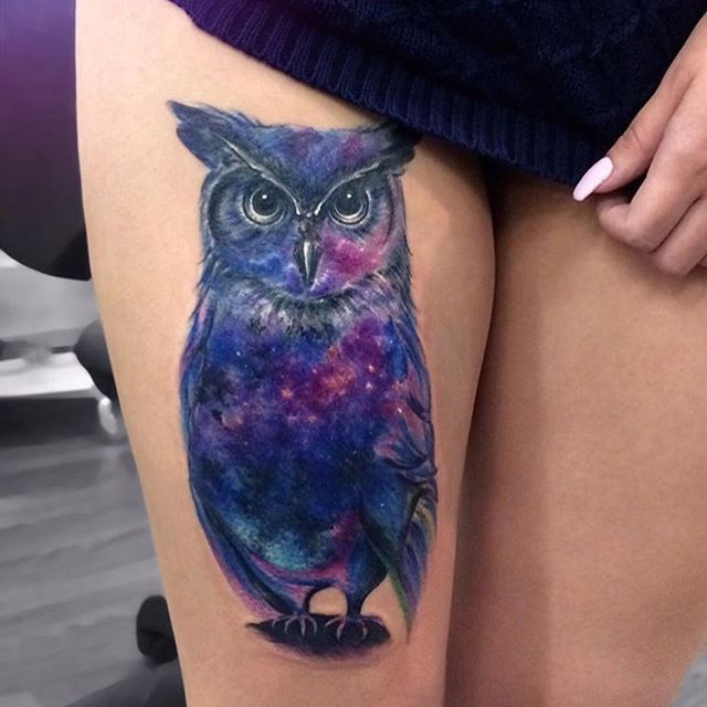 Owl Tattoo With Blue Ink On Thigh For Woman