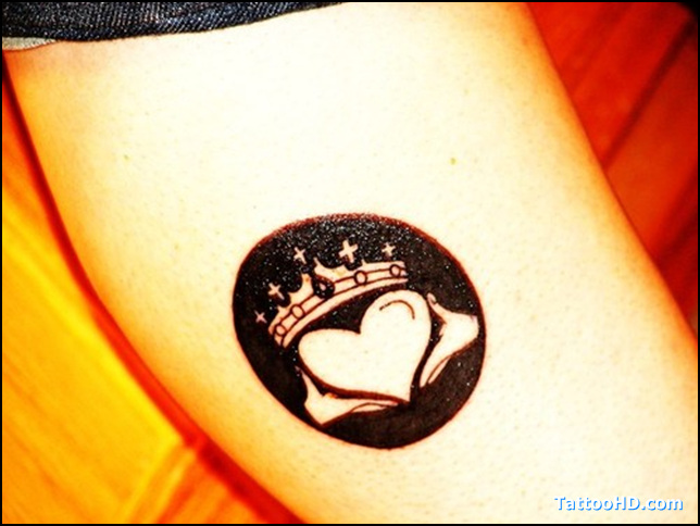 Passionate Black Color Ink Claddagh Tattoo Gallery for Girls