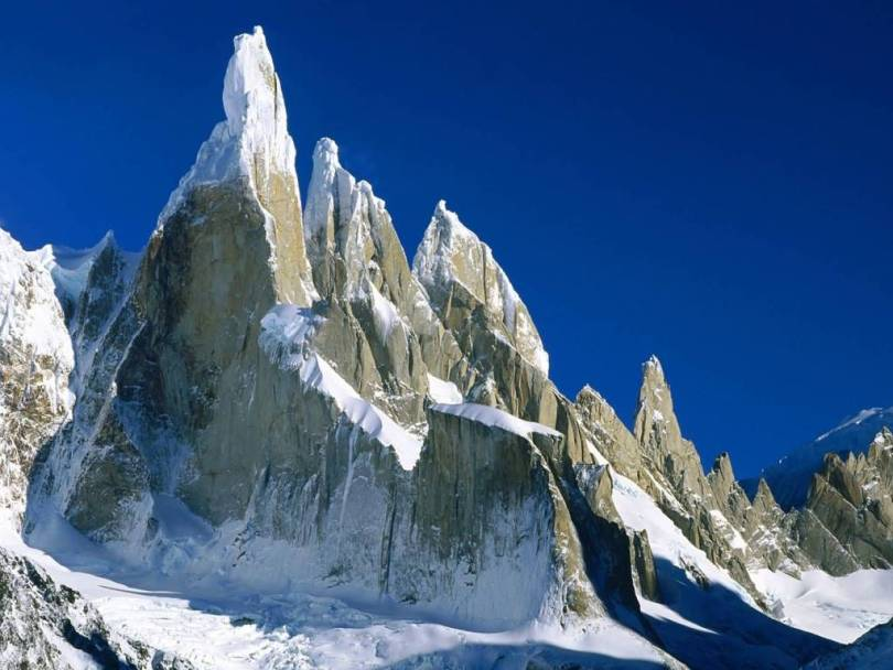 Phenomenal Cerro Torre Los Glaciers National Park Argentina 4K Wallpaper